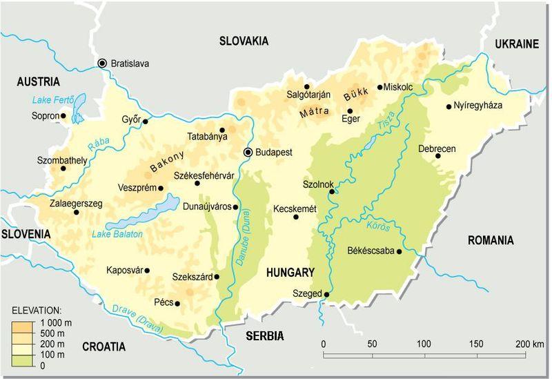 800px Hungary topographic map Klimaat en Landschap